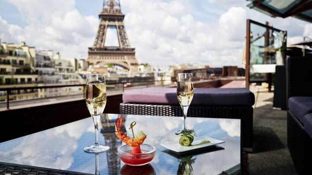 Les Ombres Rooftop Bar In Paris The Rooftop Guide