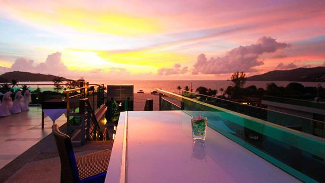 Rooftop bar Phuket KEE Sky Lounge in Phuket
