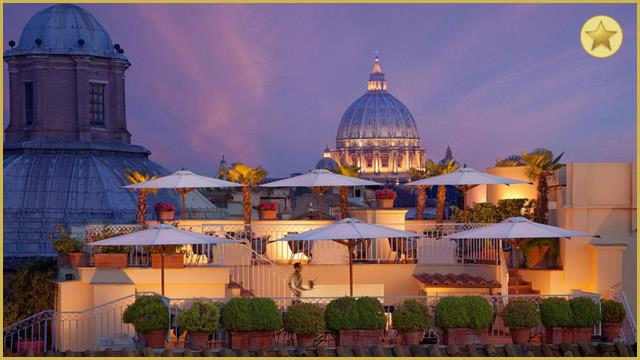 Rooftop bar Rome Hotel Raphael (The terrace) in Rome