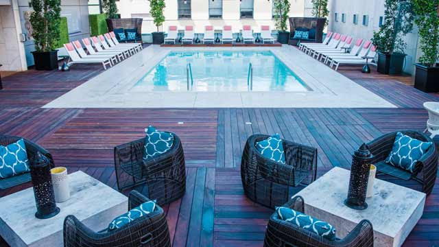 Level 4 Pool Deck Lounge Rooftop Bar In San Diego The
