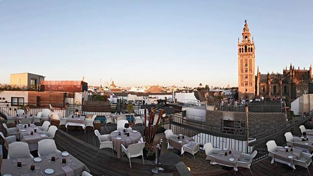 La terazza de eme at eme catedral hotel sevilla rooftop - Hotel eme sevilla spa ...