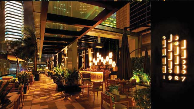 Rooftop bar Singapore Hi-So at Hotel Sofitel So in Singapore