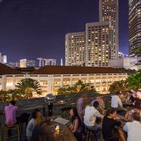 Rooftop bar Singapore Loof in Singapore
