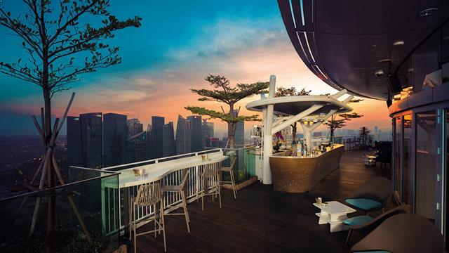 Rooftop bar Singapore Sky on 57 in Singapore