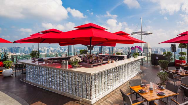 Rooftop bar Singapore CÉ LA VI at Marina Bay Sands in Singapore