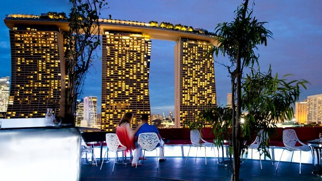 Rooftop bar SuperTree by IndoChine in Singapore