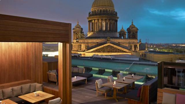 W St Petersburg Rooftop Bar In Saint Petersburg