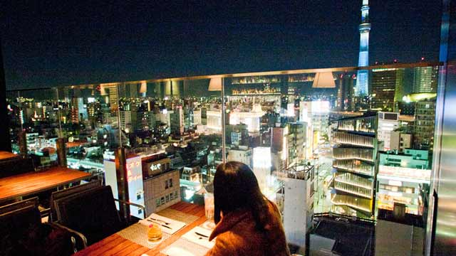 R Restaurant Amp Bar Roof Terrace In Tokyo The Rooftop Guide