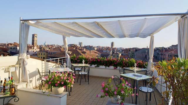 Terrazza Panoramica at Ca' Sagredo Hotel - Rooftop Bar in ...