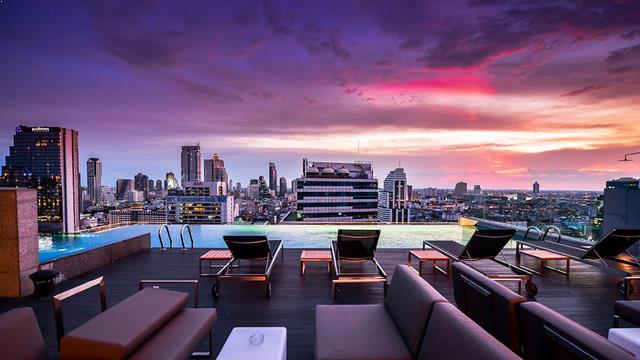 Bangkok Hotel With Infinity Pool