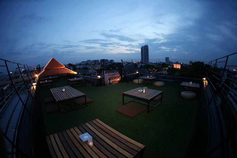 3 Cheap and Affordable Rooftop Bars in Bangkok complete list