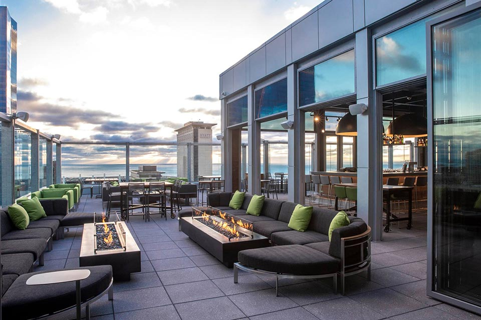 5 best winter open rooftop bars in Chicago open all year ...