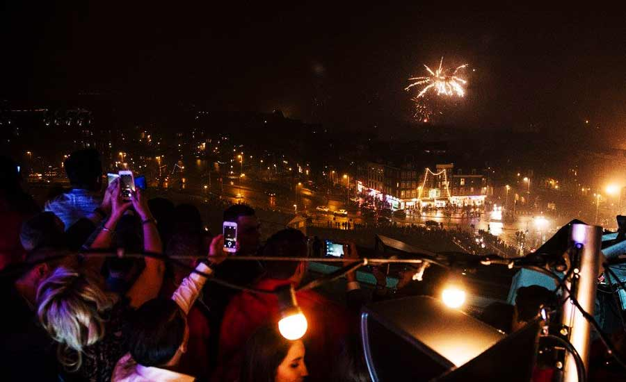 30 Amazing Rooftops For A 2018 2019 New Year S Eve Party