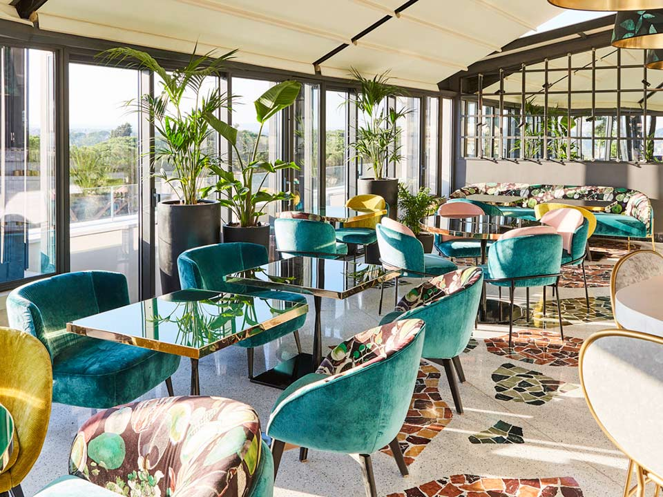 5 Best Winter Open Rooftop Bars In Rome, Round Table Winters
